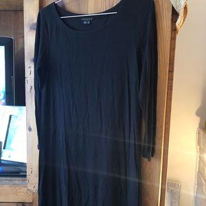 NWOT black theory 3/4 sleeve dress size small